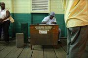 Стол для записей / Гайана