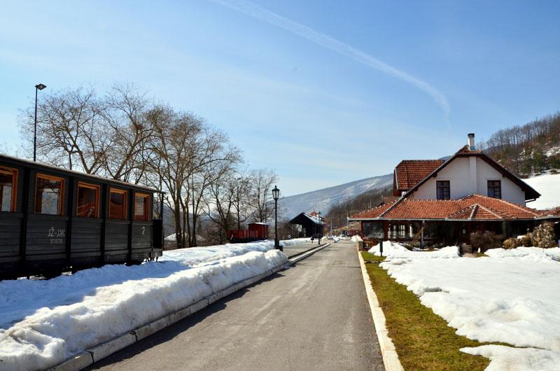Окрестности железнодорожной станции Мокра-Гора, Сербия / Фото из Сербии