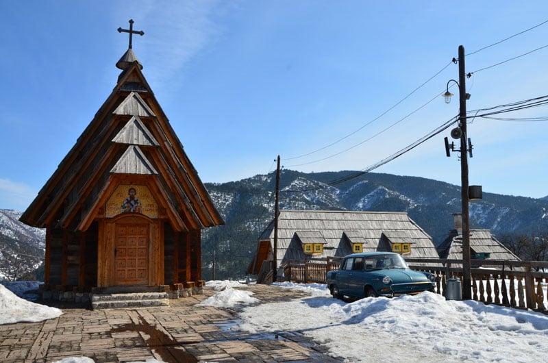 Церковь Святого Саввы Сербского в деревне Кюстендорф, Сербия / Фото из Сербии