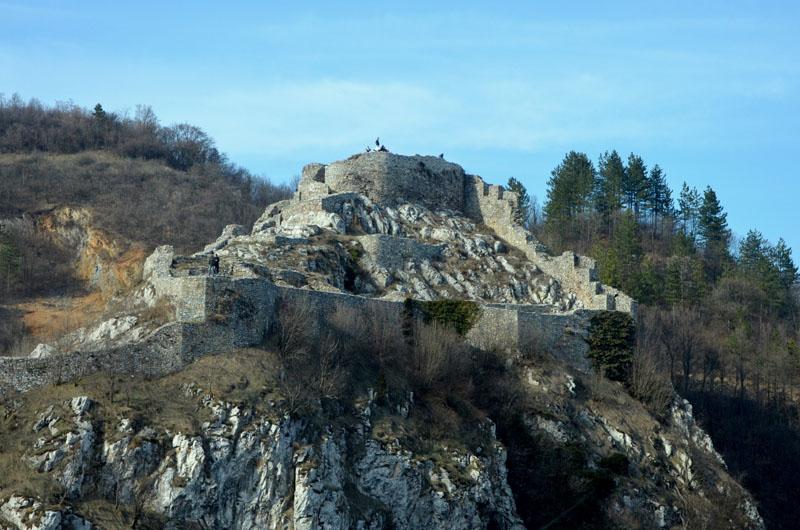 Крепость у города Ужице в Сербии / Фото из Сербии