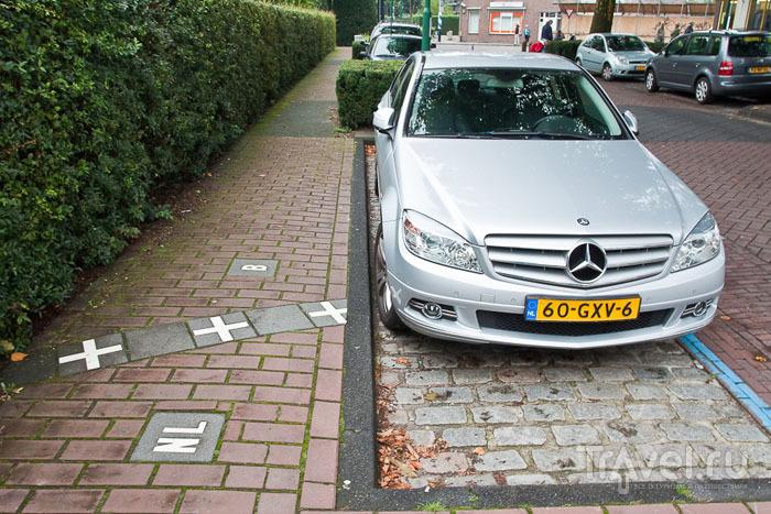 Машины на границе / Фото из Бельгии