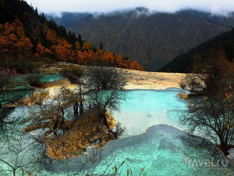 Каскады Хуанлун в провинции Сычуань / Китай