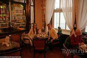 За столиком кафе / Германия