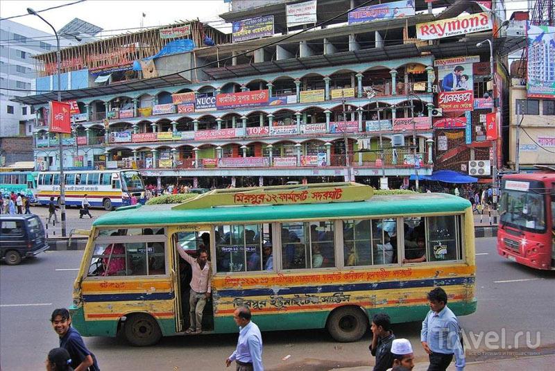 Автобус в Дакке, Бангладеш / Фото из Бангладеш