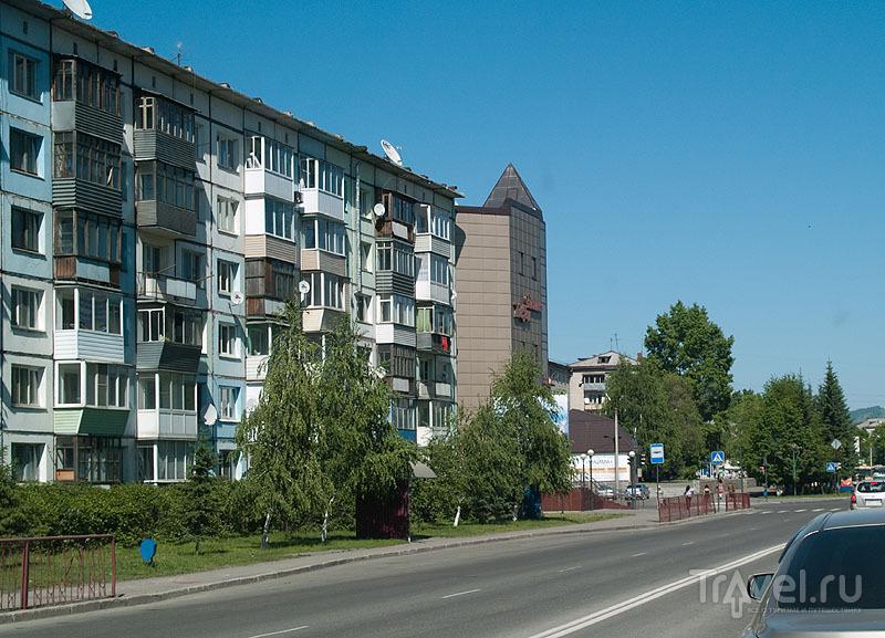 В Горно-Алтайске много зелени / Фото из России