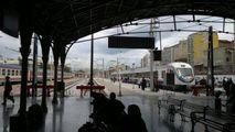 Перрон вокзала Басмание / Турция