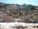 Внутри крепости / Греция