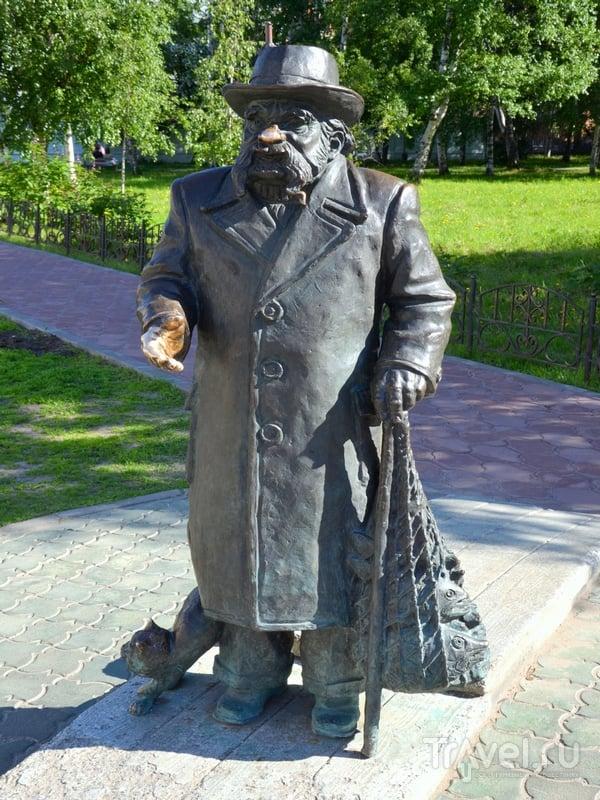 Памятник сказочнику Степану Писахову / Фото из России