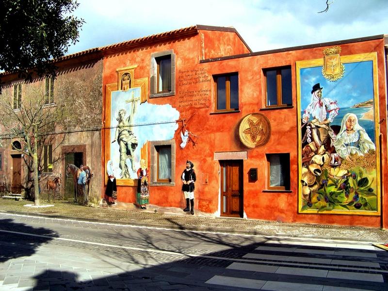 Городской стрит-арт на Сардинии / Италия