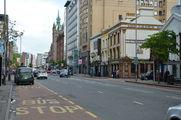 Грейт-Виктория-стрит - любопытная смесь столичности и провинциальности / Великобритания