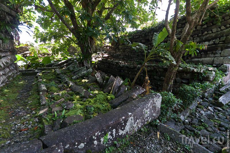 Стены каменного города, Микронезия / Фото из Микронезии