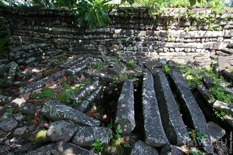 Улицы каменного города Нан-Мадол, Микронезия / Фото из Микронезии