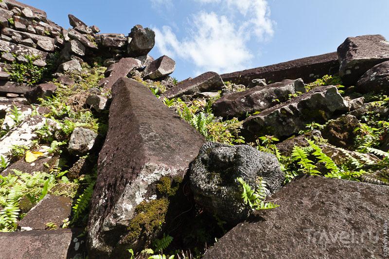 Стены города Нан-Мадол, Микронезия / Фото из Микронезии
