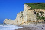 Скалы и пляж / Франция
