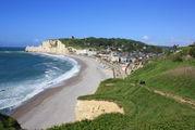 Пляж и поселок / Франция