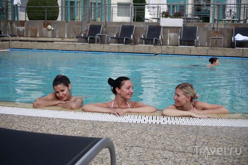 В бассейне гостиницы Grand Hotel des Bains 4* / Фото из Швейцарии