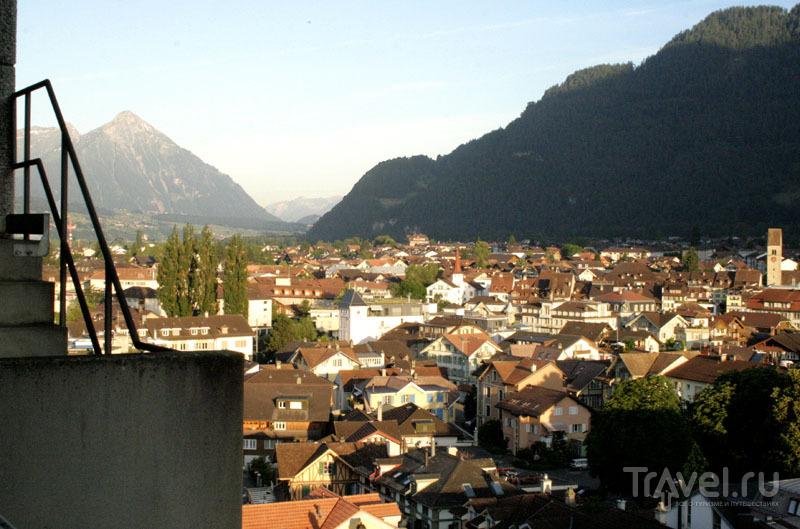 Вид на Интерлакен, Швейцария / Фото из Швейцарии