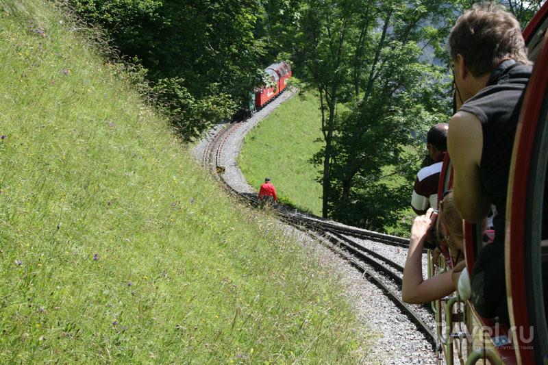 Путешествие по железной дороге в Швейцарии / Фото из Швейцарии