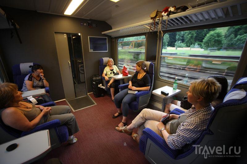 Пассажиры в панорамном поезде «Золотой перевал» / Фото из Швейцарии