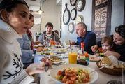 В рыбном ресторане / Греция