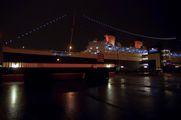 Бывший океанский лайнер / США