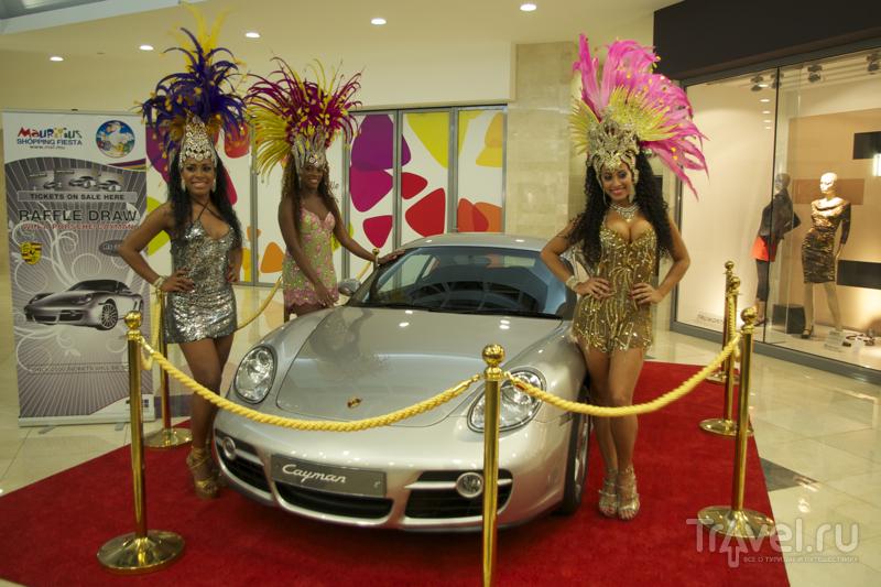 В торговом центре Bagatelle во время фестиваля Mauritius Shopping Fiesta / Фото с Маврикия