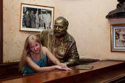 На дружеской ноге с Хемингуэем / Куба