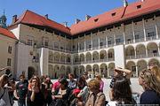 Во дворе Вавельского дворца / Польша