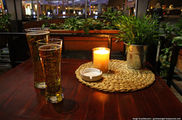 Стакан пива на главной площади / Польша