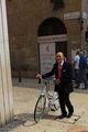 Пожилой велосипедист / Италия