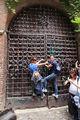 Замки на воротах / Италия
