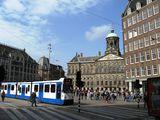 Уличное движение в центре / Нидерланды