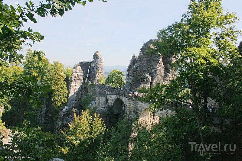 Bastei - соприкосновение скал и труда человека / Германия