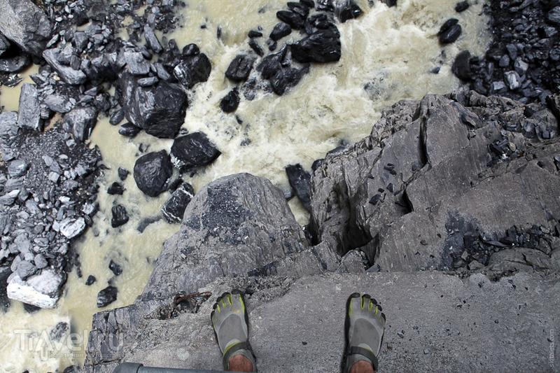 Вода грязно-желтого цвета / Швейцария