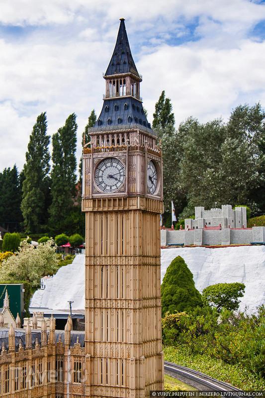 Башня с 14 тонным колоколом / Бельгия
