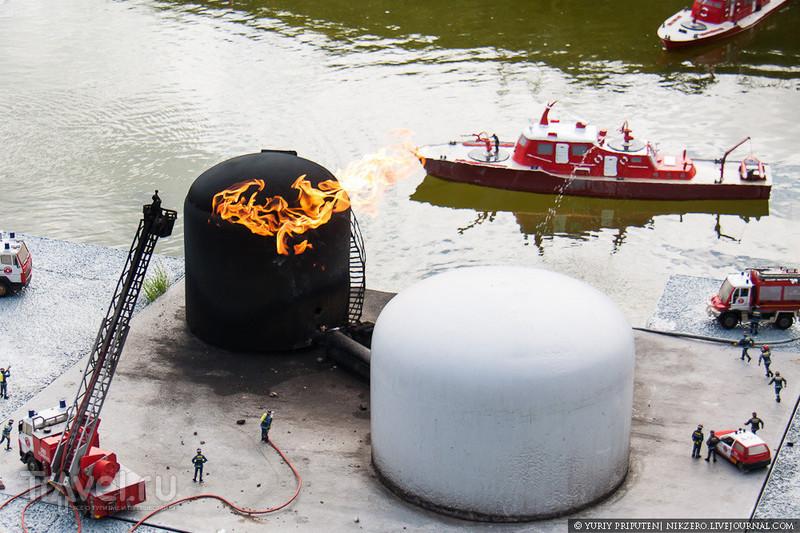 Пожар в порту Барселоны / Бельгия
