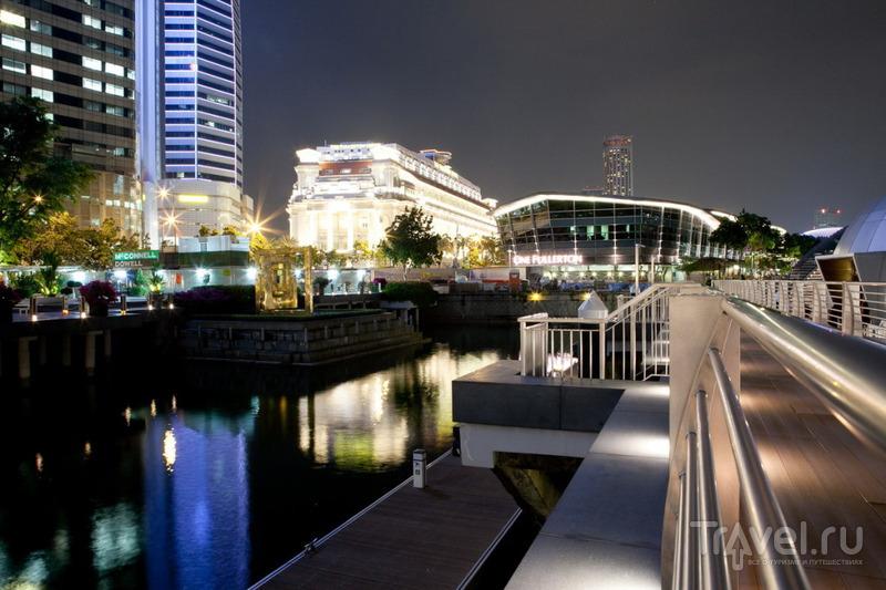 На набережной / Сингапур