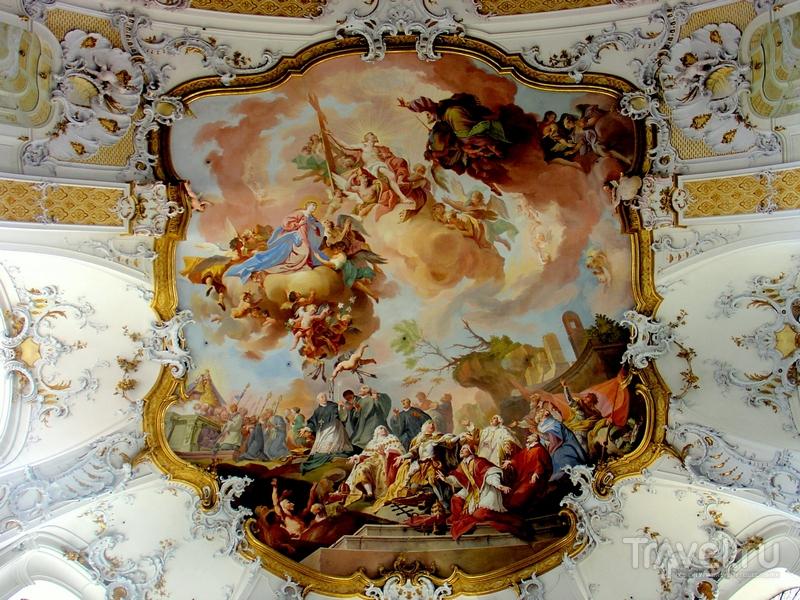Потолочные фрески XVIII века в базилике Святых Александра и Теодора, Оттобойрен / Германия