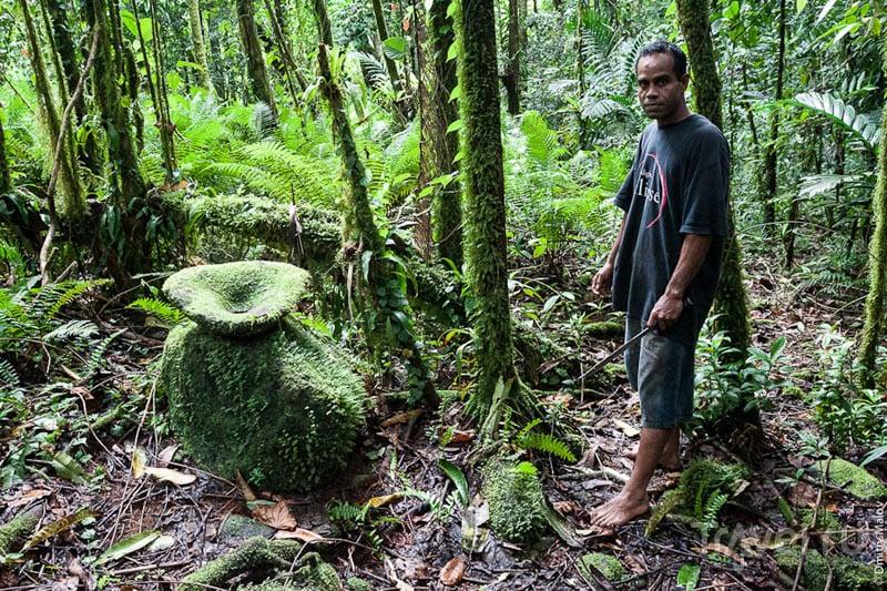 Доисторическая ступа для изготовления сакау на острове Косрае, Микронезия / Фото из Микронезии