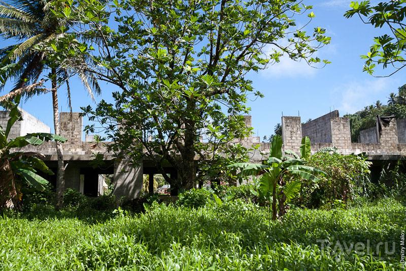 Строительство на острове Лелу, Микронезия / Фото из Микронезии