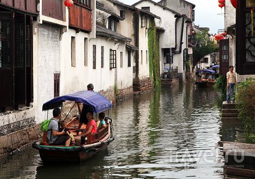 Экскурсия на лодке / Китай