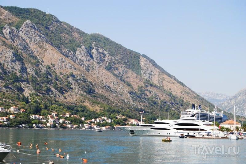 Яхты в бухте / Черногория