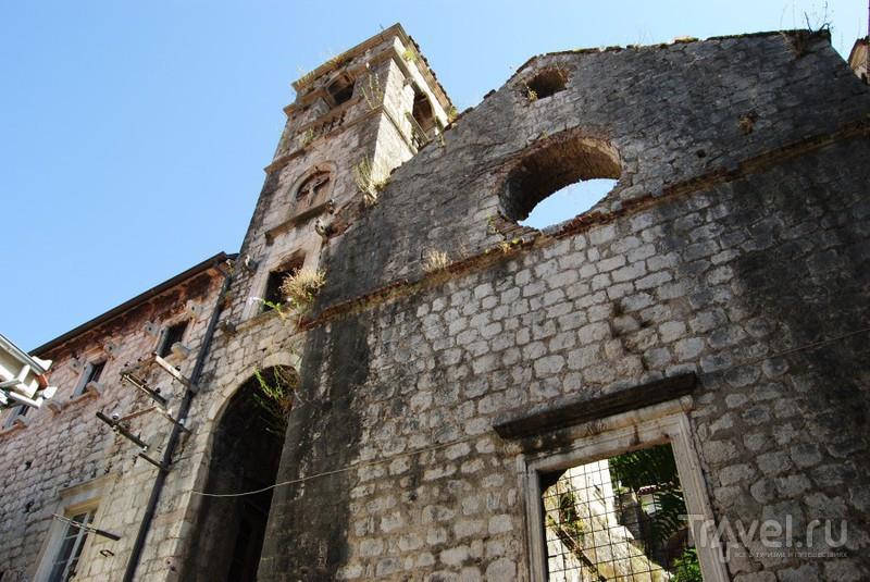 Древние здания / Черногория