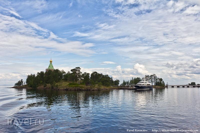 Вид на остров / Россия