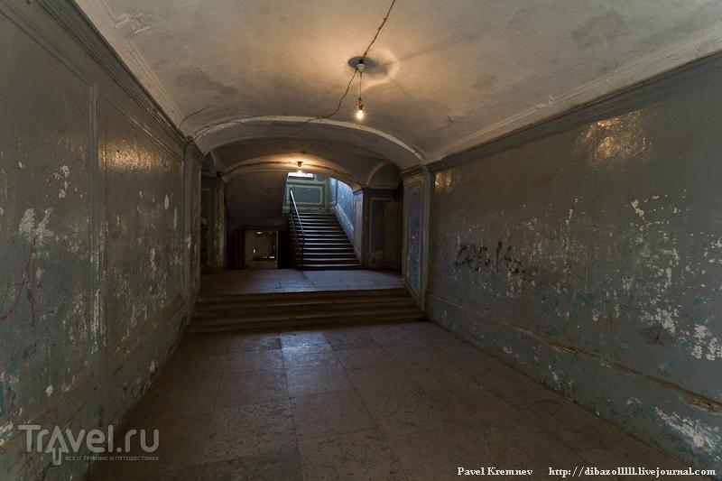 Лестница на второй этаж / Россия