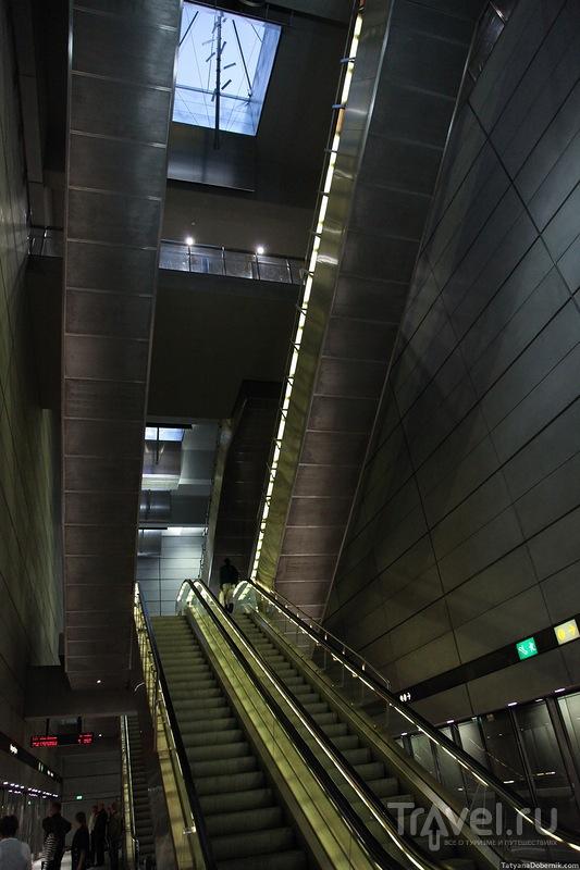 Двухъярусный эскалатор / Дания