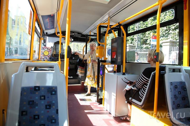 Автобус в центре города / Дания