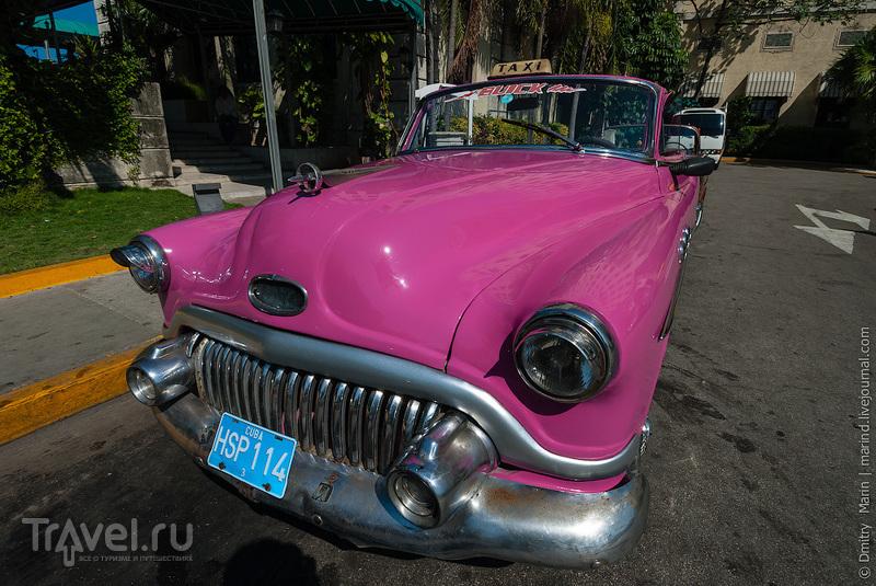 Цветовая гамма автомобилей такси / Куба