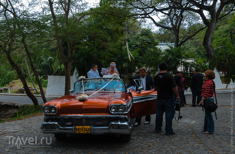 Свадебный автомобиль / Куба