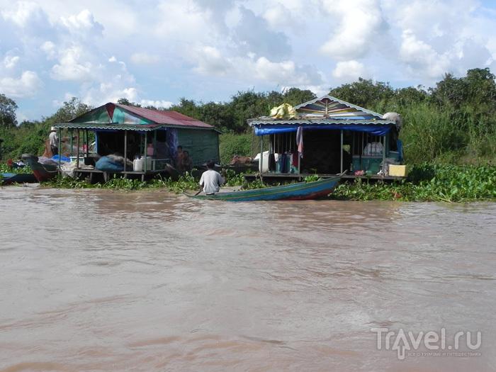 Вода поразительно грязная / Камбоджа